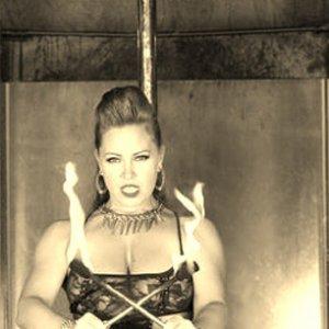Veronica Blacklace 12