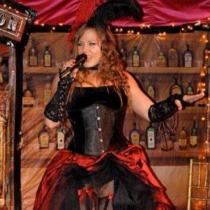 Veronica Blacklace 27